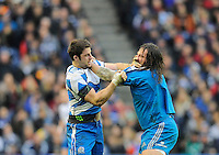 Johnnie Beatie of Scotland and Martin Castrogiovanni of Italy square up to each other - RBS 6 Nations - Scotland vs Italy -  Murrayfield Stadium - Edinburgh - 09/02/13 - Picture Simon Bellis/Sportimage .Edinburgo 9/2/2013 .Rugby 6Trofeo 6 Nazioni.Scozia Italia.Foto Insidefoto ITALY ONLY