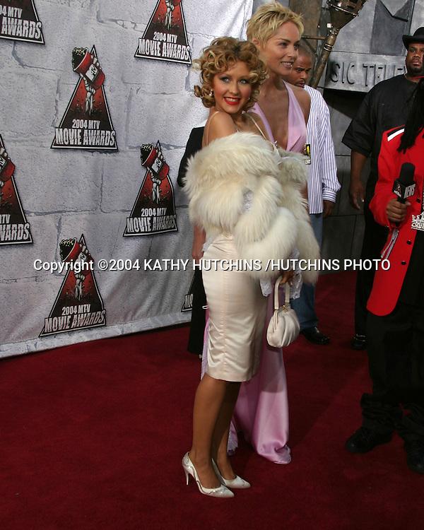 ©2004 KATHY HUTCHINS /HUTCHINS PHOTO.MTV MOVIE AWARDS 2004.CULVER CITY,CA.JUNE 5, 2004..CHRISTINA AGUILERA