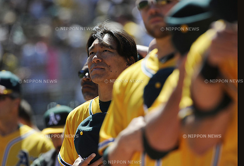 Hideki Matsui (Athletics), APRIL 3, 2011 - MLB : Hideki Matsui of the Oakland Athletics stands for the national anthem before a game between the Seattle Mariners and the Oakland Athletics at Oakland-Alameda County Coliseum in Oakland, CA, USA. (Photo by AFLO).