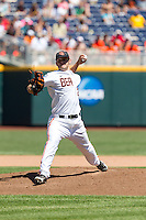 Oregon State Beavers pitcher Ben Wetzler #28 pitches during Game 5 of the 2013 Men's College World Series between the Oregon State Beavers and Louisville Cardinals at TD Ameritrade Park on June 17, 2013 in Omaha, Nebraska. The Beavers defeated the Cardinals 11-4. (Brace Hemmelgarn/Four Seam Images)