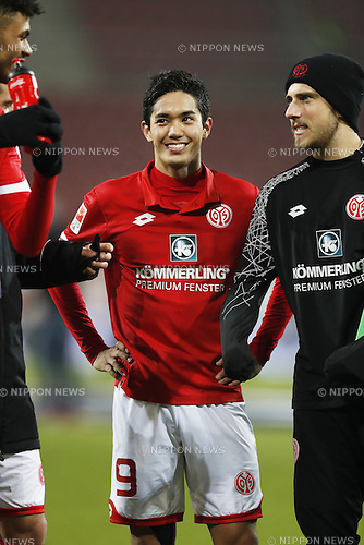 "Yoshinori Muto (Mainz), FEBRUARY 11, 2017 - Football / Soccer : German ""Bundesliga"" match between 1 FSV Mainz 05 2-0 FC Augsburg at the Opel Arena in Mainz, Germany. (Photo by Mutsu Kawamori/AFLO) [3604]"