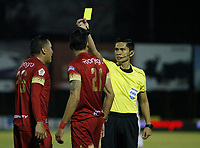 RIONEGRO- COLOMBIA, 15-11-2018. Carlos Herrera Beltrán referee central.Acción de juego enre los equipos Rionegro y el Once Caldas durante partido por los cuartos de final ida de la Liga Águila II 2018 jugado en el estadio Alberto Grisales  de Rionegro. /Central referee Carlos Herrera Beltran.Action game between  teams Rionegro and Once Caldas during Quarter Final first leg match of the Liga Aguila II 2018 played at Alberto Grisales Stadium in Rionegro. Photo: VizzorImage / Juan Augusto Cardona / Contribuidor