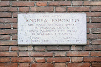 - Milano, lapide nel quartiere Ticinese - Barona in memoria di partigiani ed antifascisti morti durante la seconda Guerra Mondiale sotto l'occupazione nazifascista<br /> <br /> - Milan, plaque Ticinese - Barona district in memory of anti-Fascist and Partisans killed during the Second World War under the Nazi-Fascist occupation