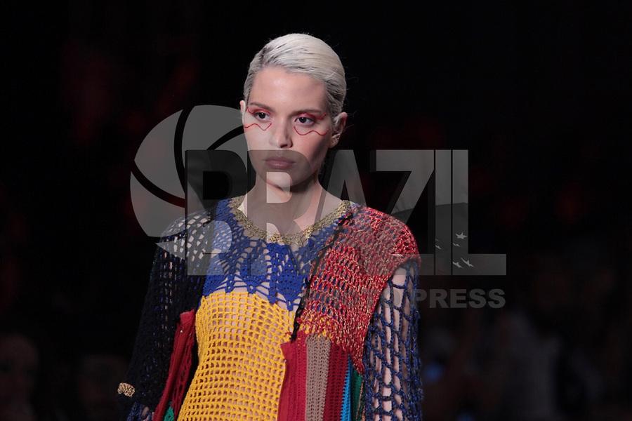 São Paulo (SP), 27/04/2019 - Moda / São Paulo Fashion Week - Modelo durante desfile da marca Ponto Firme durante a edição 47 da São Paulo Fashion Week, no espaço Arca, na zona oeste de São Paulo, neste sábado, 27. (Foto: Ciça Neder / Brazil Photo Press)
