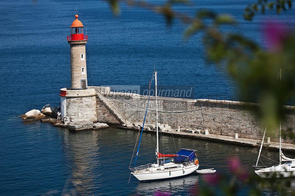 Europe/France/Corse/2B/Haute-Corse/Cap Corse/Nebbio/Bastia: Phare et jetée  du VIeux Port