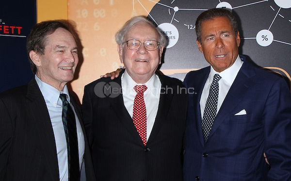 NEW YORK, NY January 19, 2017:Peter Kunhardt, Warren Buffett, Richard Plepler, attend the   HBO Documentart presents the World Premiere screening of Becoming Warren Buffett at Museum of Modern Art in New York .January 19, 2017. Credit:RW/MediaPunch