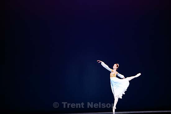 Salt Lake City - Ballet West principal dancer Christiana Bennett performs in a dress rehearsal at the Capitol Theatre.<br />
