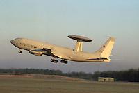 - a NATO radar aircraft AWACS ....- aereo radar AWACS della NATO