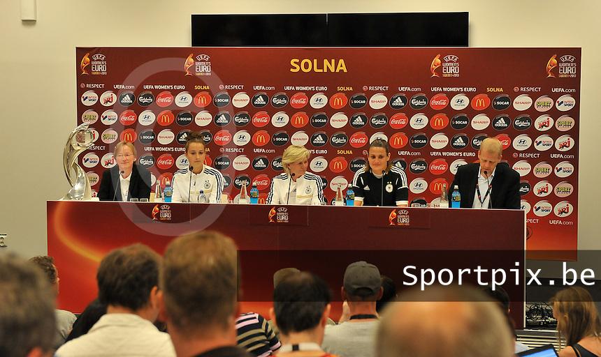 Friends Arena Solna - Stockholm ; MD-1 press conference Germany ;<br /> Sara Dabritz , Silvia Neid en Nadine Angerer<br /> foto DAVID CATRY / Nikonpro.be