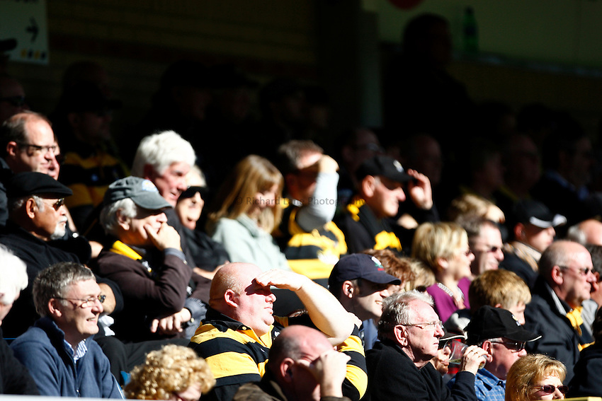Photo: Richard Lane/Richard Lane Photography. London Wasps v Glasgow Warriors. Heineken Cup. 17/10/2010. Wasps supporters.