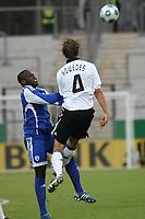 Benedikt Hoewedes (D) klaert<br /> U21 Deutschland vs. Israel *** Local Caption *** Foto ist honorarpflichtig! zzgl. gesetzl. MwSt. Auf Anfrage in hoeherer Qualitaet/Aufloesung. Belegexemplar an: Marc Schueler, Alte Weinstrasse 1, 61352 Bad Homburg, Tel. +49 (0) 151 11 65 49 88, www.gameday-mediaservices.de. Email: marc.schueler@gameday-mediaservices.de, Bankverbindung: Volksbank Bergstrasse, Kto.: 151297, BLZ: 50960101
