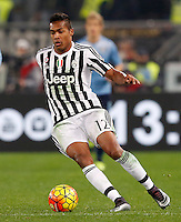 Calcio, Serie A: Lazio vs Juventus. Roma, stadio Olimpico, 4 dicembre 2015.<br /> Juventus&rsquo; Alex Sandro in action during the Italian Serie A football match between Lazio and Juventus at Rome's Olympic stadium, 4 December 2015.<br /> UPDATE IMAGES PRESS/Riccardo De Luca