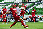 3:0 Tor, v.l. Rafael Czichos, Torschuetze Niclas Fuellkrug (Bremen)<br />Bremen, 27.06.2020, Fussball Bundesliga, SV Werder Bremen - 1. FC Koeln<br />Foto: VWitters/Witters/Pool//via gumzmedia/nordphoto<br /> DFL REGULATIONS PROHIBIT ANY USE OF PHOTOGRAPHS AS IMAGE SEQUENCES AND OR QUASI VIDEO<br />EDITORIAL USE ONLY<br />NATIONAL AND INTERNATIONAL NEWS AGENCIES OUT