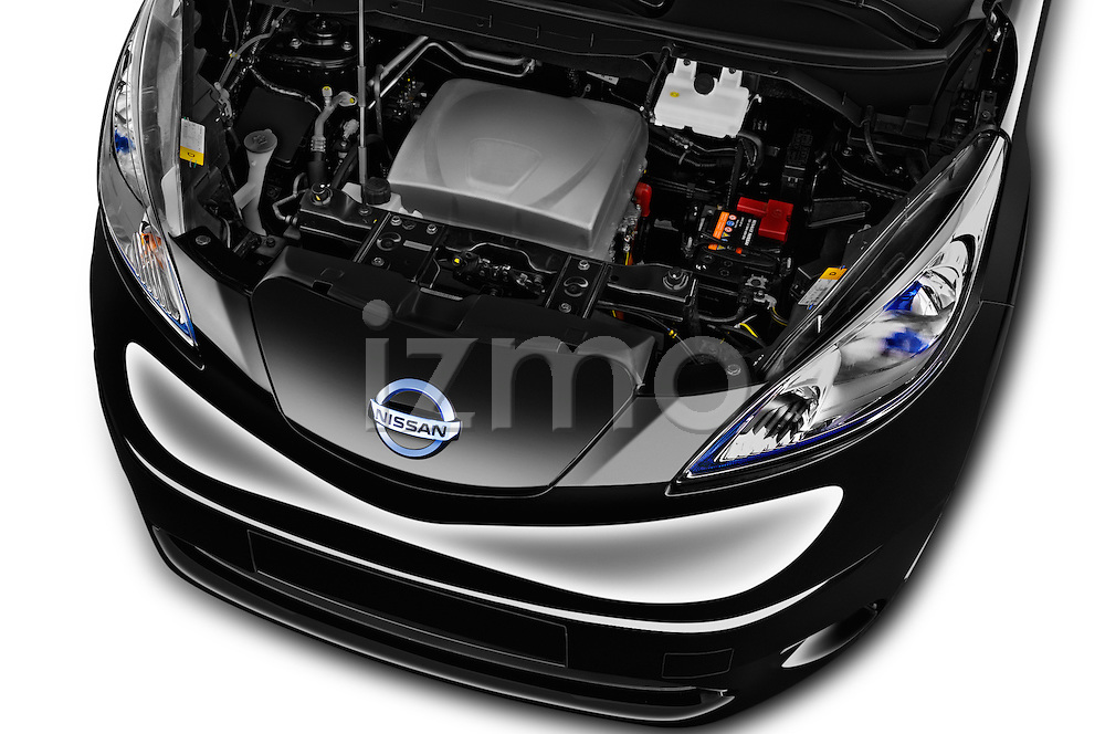 Car Stock 2016 Nissan E-Nv200-Evalia Connect-Edition 5 Door Mini MPV Engine  high angle detail view