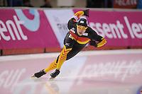 SCHAATSEN: CALGARY: Olympic Oval, 08-11-2013, Essent ISU World Cup, 500m, Samuel Schwarz (GER), ©foto Martin de Jong