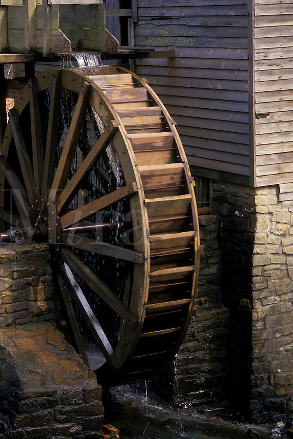 AJ1755, grist mill, Georgia, Atlanta, Water turns the wooden wheel of the old grist mill at Georgia's Stone Mountain Park.