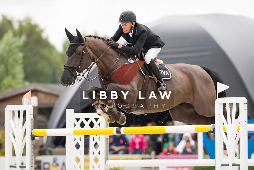 BEL-Perry Geryl (ESCAPE) CSI3* GRAND PRIX: TABLE A AGAINST THE CLOCK WITH JUMP OFF (150cm) 2014 BEL-Bonheiden CSI1*/CSI3* (Sunday 29 June) REDIT: Libby Law COPYRIGHT: LIBBY LAW PHOTOGRAPHY - NZL
