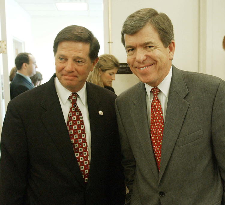 6/26/03.HOUSE MEDICARE/PRESCRIPTION DRUGS BILL--House Majority Leader Tom DeLay, R-Texas, and House Majority Whip Roy Blunt, R-Mo., talk before a rally with other House Republicans for the GOP bill being considered on the House floor. Democrat Collin C. Peterson of Minnesota also supports the measure and spoke at the rally..CONGRESSIONAL QUARTERLY PHOTO BY SCOTT J. FERRELL