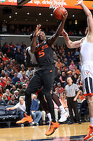 Miami guard Davon Reed (5) during the game Tuesday, Jan. 12, 2016 in Charlottesville, Va. Photo/Andrew Shurtleff