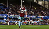 1st October 2017, Goodison Park, Liverpool, England; EPL Premier League Football, Everton versus Burnley; Jeff Hendrick of Burnley scores with  right footed shot to give Burnley a 1-0 lead after 20 minutes