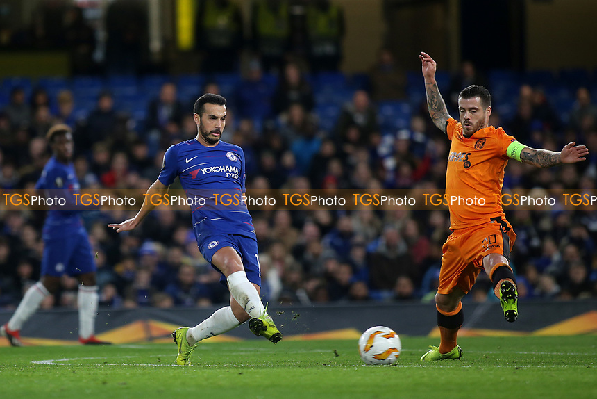 Pedro of Chelsea passes the ball upfield during Chelsea vs PAOK Salonika, UEFA Europa League Football at Stamford Bridge on 29th November 2018