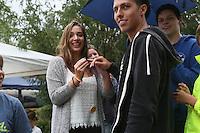 Erste Eheschließung in Sonnenstadt zwischen Lukas und Lilli mit Ringen