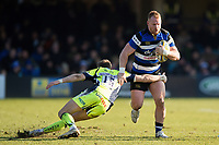 Will Hurrell of Bath Rugby gets past Mike Haley of Sale Sharks. Aviva Premiership match, between Bath Rugby and Sale Sharks on February 24, 2018 at the Recreation Ground in Bath, England. Photo by: Patrick Khachfe / Onside Images