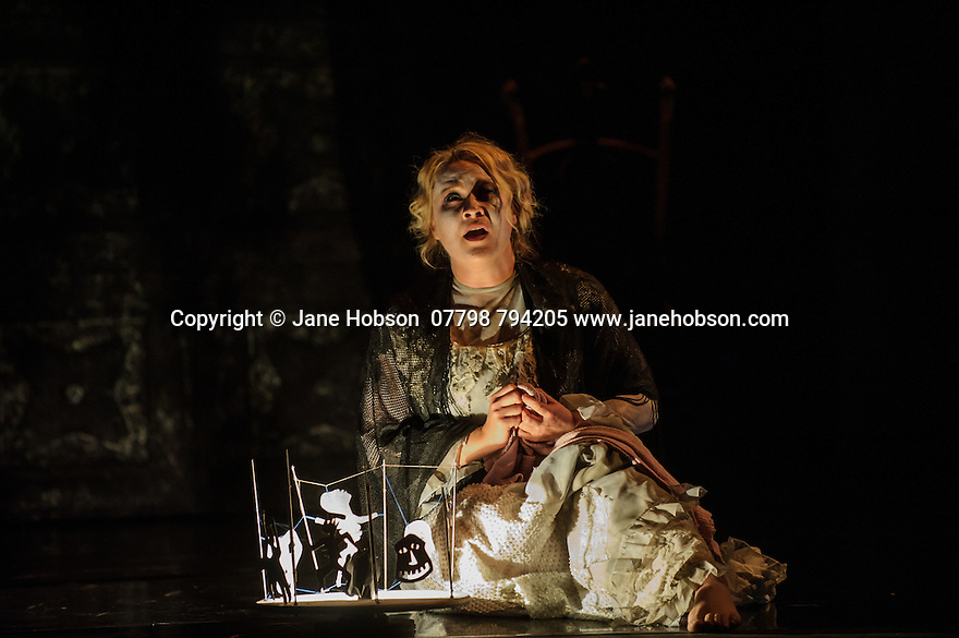 London, UK. 07.10.2015. English Touring Opera presents THE TALES OF HOFFMANN, at the Britten Theatre, Royal College of Music. Written by Jacques Offenbach, with libretto by Jules Barbier, this production is directed by James Bonas. Picture shows:Ilona Domnich (Antonia).  Photograph © Jane Hobson.