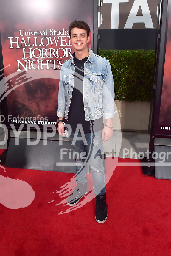 Israel Broussard bei der Eröffnung der 'Halloween Horror Nights' in den Universal Studios. Universal City, 15.09.2017