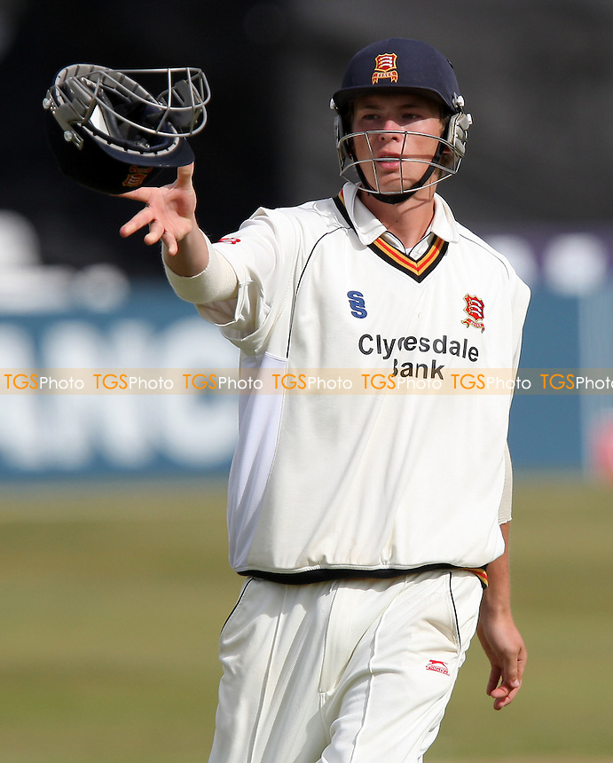 Tom Westley of Essex - Essex CCC vs Middlesex CCC - LV County Championship Division Two - 21/09/07  - MANDATORY CREDIT: Gavin Ellis/TGSPHOTO - SELF-BILLING APPLIES WHERE APPROPRIATE. NO UNPAID USE. TEL: 0845 094 6026.