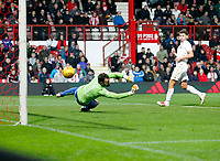 GOAL - Yoann Barbet of Brentford sees his free kick beat Andy Lonergan of Leeds United to make it 2-1 during the Sky Bet Championship match between Brentford and Leeds United at Griffin Park, London, England on 4 November 2017. Photo by Carlton Myrie.