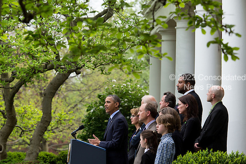 United States President Barack Obama delivers a statement after gun legislation failed in Congress, in the Rose Garden at the White House, in Washington, Wednesday, April 17, 2013. The president was accompanied by U.S. Vice President Joe Biden, former U.S. Representative Gabby Giffords (Democrat of Arizona) and family members from Newtown. .Credit: Drew Angerer / Pool via CNP