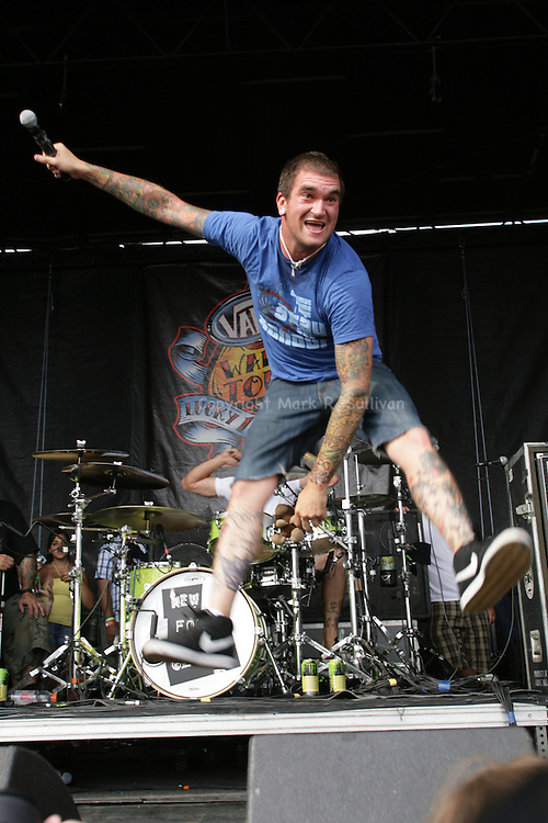 2007 VANS WARPED TOUR.SUNDAY AUG. 5,2007.OLD BRIDGE TWP RACEWAY PARK..NEW FOUND GLORY..PHOTO: MARK R. SULLIVAN/MARKRSULLIVAN.COM © 2007