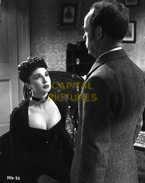 Pink String and Sealing Wax (1945) <br /> *Filmstill - Editorial Use Only*<br /> CAP/KFS<br /> Image supplied by Capital Pictures