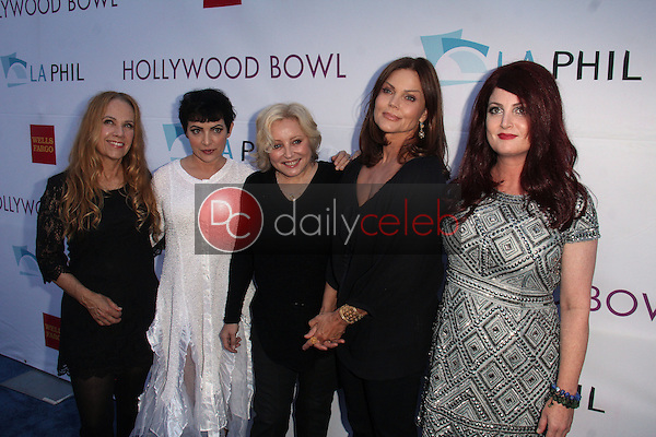 Charlotte Caffey, Jane Wiedlin, Gina Schock, Belinda Carlisle, Abby Travis<br />