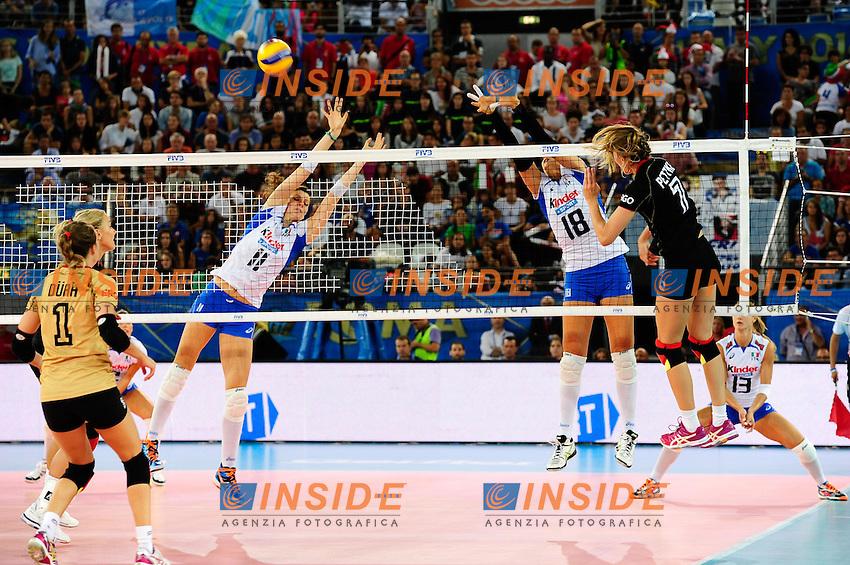 Italia vs Germania<br /> 7 Jennifer Pettke GER<br /> 11 Cristina Chirichella ITA<br /> 18 Carolina Del Pilar Costagrande ITA<br /> FIVB Volleyball Women's World Championship Italy 2014 <br /> Rome 25-09-2014 Palaeur Foto F.Pasquali/Insidefoto