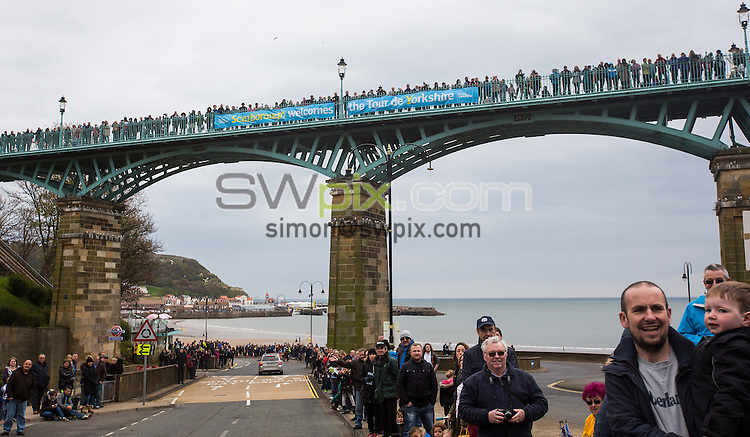 Picture by SWpix.com - 01/05/2016 - Cycling - Tour de Yorkshire, Stage 3: Middlesbrough to Scarborough - Yorkshire, England - Crowds in Scarborough.