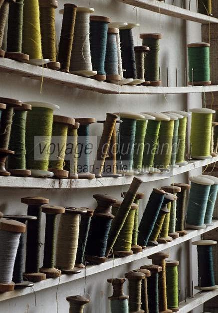 Europe/France/Limousin/23/Creuse/Aubusson: Atelier de Tapisserie - Magasin des laines et cotons - Détail bobines