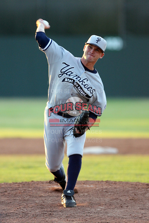 July 9th 2007:  Kyle Hollander of the Staten Island Yankees, Class-A affiliate of the New York Yankees, at Dwyer Stadium in Batavia, NY.  Photo by:  Mike Janes/Four Seam Images