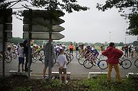 Race passes by in Itegem<br /> <br /> Heistse Pijl 2016