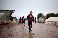 Syria/Atme village/Dec7,2012.Hundreds Syrian refugees have camped in Atme village in Idlib province in an area with olive trees in the Syrian territory close to the turkish borders. .Giorgos Moutafis