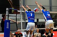 GRONINGEN - Volleybal, Lycurgus - Taurus, Supercup, seizoen 2018-2019, 29-09-2018,  blok met Lycurgus speler Sander Scheper en Lycurgus speler Frits van Gestel