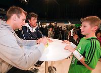 11-02-11Tennis, Rotterdam, ABNAMROWTT, Rolstoeltennis Houdet, Duo-handtekeningsessie De Bakker, Haase