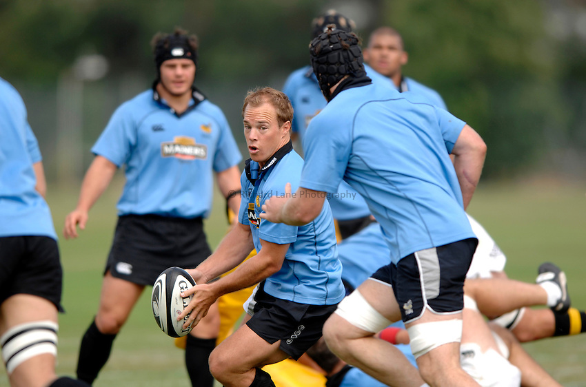 Photo: Richard Lane..London Wasps Training. 15/08/2006..Wasps' Mark Van Gisbergen.