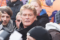 13-03-17 Hasselhoff gegen Mauer-Abriss