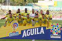 BUCARAMANGA - COLOMBIA, 27-07-2019: Jugadores de Bucaramanga posan para una foto previo al encuentro por la fecha 3 de la Liga Águila II 2019 entre Atlético Bucaramanga y Millonarios jugado en el estadio Alfonso Lopez de la ciudad de Bucaramanga. / Players of Bucaramanga pose to a photo prior the match for the date 3 of the Liga Aguila II 2019 between Atletico Bucaramanga and Millonarios played at the Alfonso Lopez stadium of Bucaramanga city. Photo: VizzorImage / Oscar Martinez / Cont
