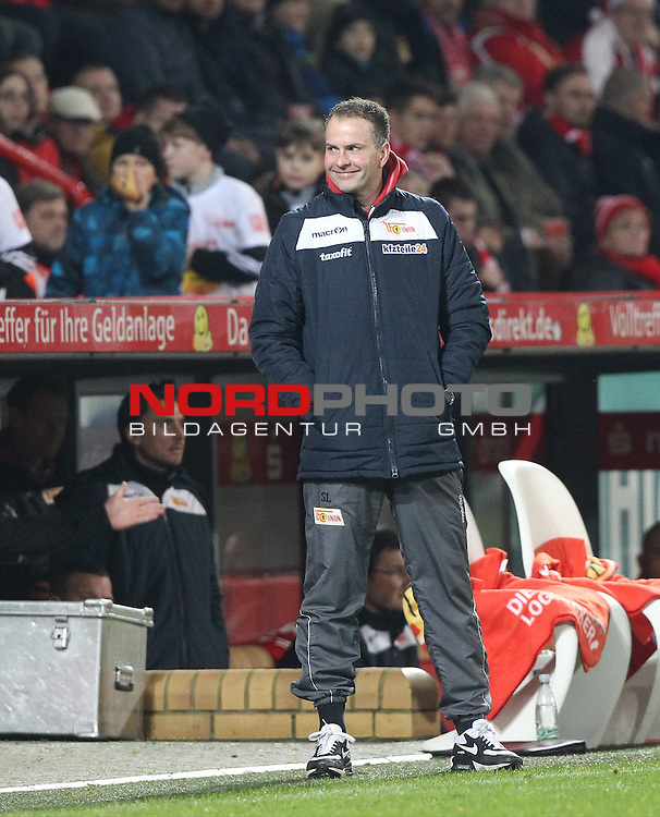 18.12.2015, Stadion an der Wuhlheide, Berlin, GER, 2.FBL, 1.FC UNION BERLIN  VS. SV SANDHAUSEN, im Bild Cheftrainer (Head Coach) Sascha Lewandoaski (1.FC Union Berlin)<br /> <br /> <br />      <br /> Foto &not;&copy; nordphoto /  Engler *** Local Caption ***
