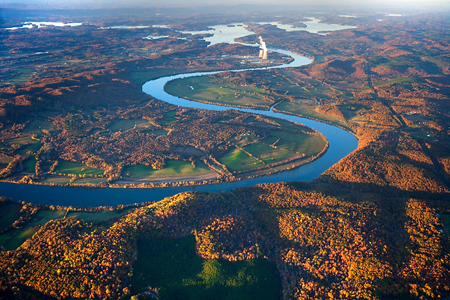 Watts Bar Lake upstream on Tennessee River