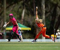 24th November 2019; Lilac Hill Park, Perth, Western Australia, Australia; Womens Big Bash League Cricket, Perth Scorchers versus Sydney Sixers; Kim Garth of the Perth Scorchers bowls during the Sixers innings - Editorial Use