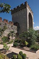 Europe/Europe/France/Midi-Pyrénées/46/Lot/Cahors:  La Barbacane  et le Closelet des Croisades qui fait partie des Jardins Secrets de Cahors